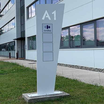 signalétique extérieure bureaux